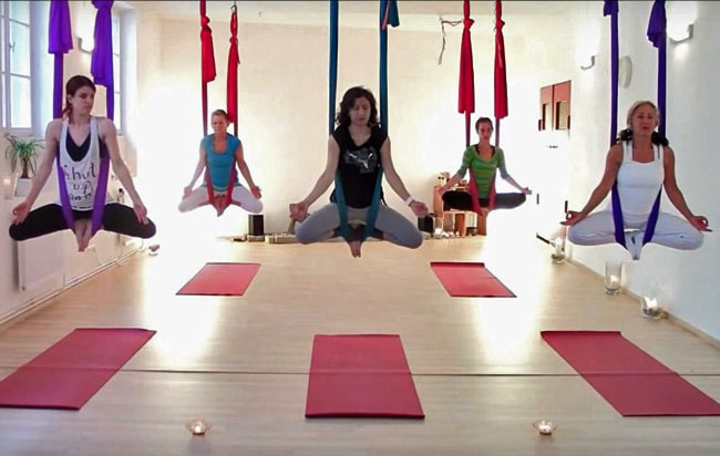 eb274aec1a Aerial Yoga: The best yoga swings and yoga hammocks for home use. best yoga  swing anti gravity