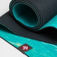 manduka yoga mat for hot yoga